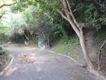 P1190823車道下降口(逆方向).JPG