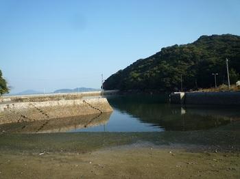 P1190958東側の漁港.JPG