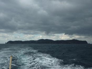 P1200740船尾から相島.JPG