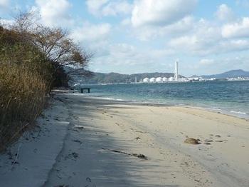 P1200846砂浜(西方向).JPG