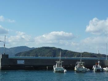 P1200876小松港から笠佐島.JPG