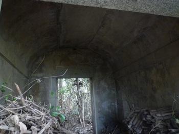 P1210550石造建物内部.JPG