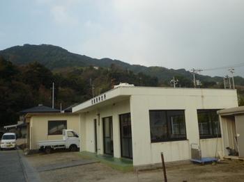 P1210625柱島港待合所.JPG