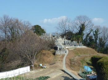 P1210759墓地.JPG