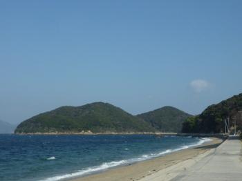 P1210770島尻の浜(東側)・小柱島.JPG