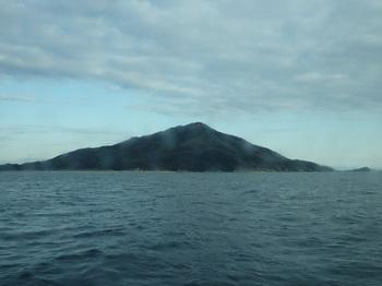 P1220200柱島(帰路船内より).JPG