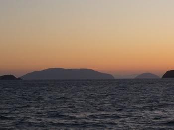 P1220663祝島(平生町黒羽根から).JPG