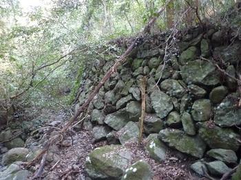 P1220957立派な石垣①.JPG