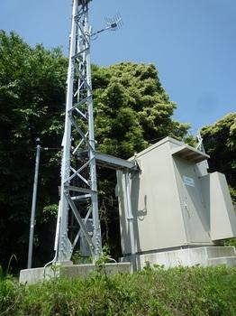 P1240769テレビ中継放送所2基.JPG