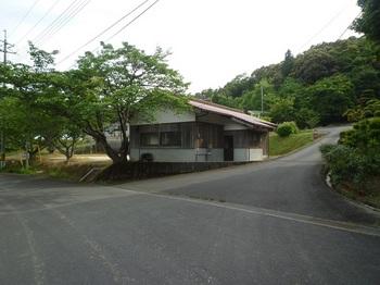 P1250082分岐・集会所.JPG