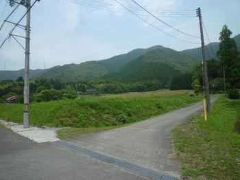 P1250701林道入口(逆方向)・鯨ヶ岳.JPG