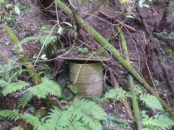 P1260118貯水用ドラム缶.JPG