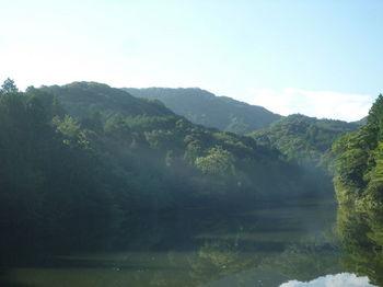 P1260958溜池から尻立山.JPG