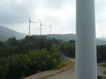 P1280289 219mピーク広場・風力発電所.JPG