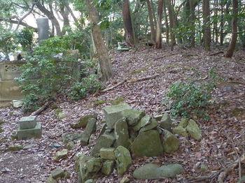 P1300123墓地跡.JPG