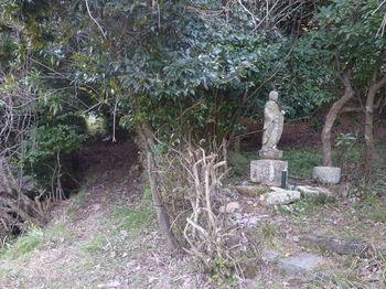 P1300131山道・石仏.JPG