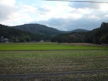 P1300344宝蔵山・粟野嶽(郷西下から).JPG