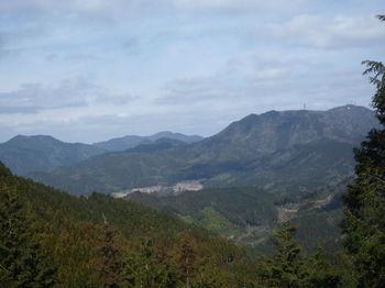 P1310253矢櫃山・男岳・西鳳翩山.JPG