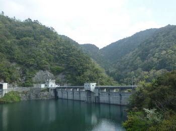 P1320797金山橋から荒谷ダム.JPG