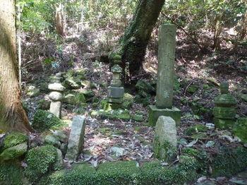 P1330286大内政弘の墓.JPG