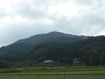 P1340705グリーンロードから六万坊山.JPG