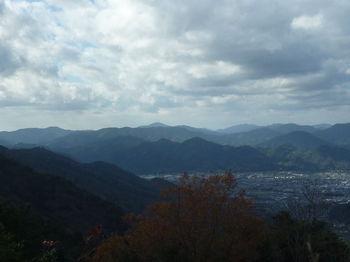 P1350360茶臼山・三角山、鯨ヶ岳・桂木山・花尾山.JPG