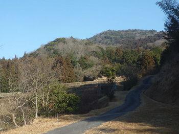 P1360751駐車地から平原岳.JPG