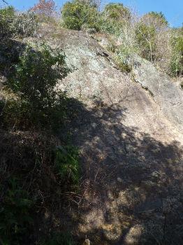 P1360824大岩(岩盤).JPG