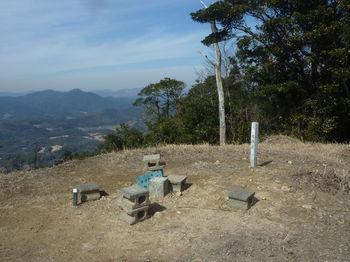 P1360866平原岳山頂.JPG