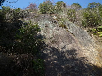 P1360961大岩(岩壁状).JPG